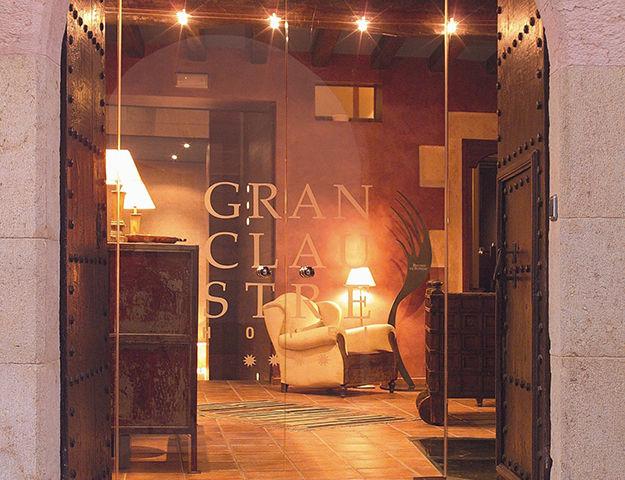 Gran Claustre Restaurant & Spa - Entree