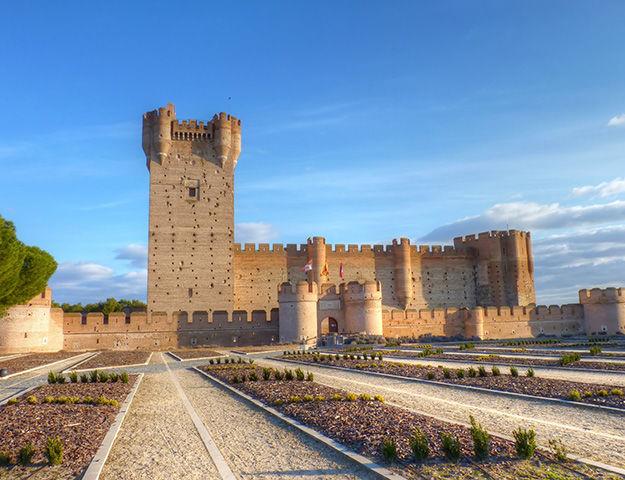 Castilla Termal Balneario de Olmedo - Chateau de la mota en medina del campo