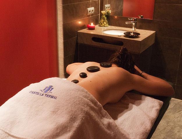 Castilla Termal Burgo de Osma - Massage aux pierres chaudes