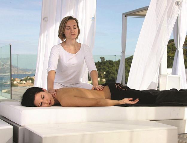 Sha Wellness Clinic - Massage en exterieur