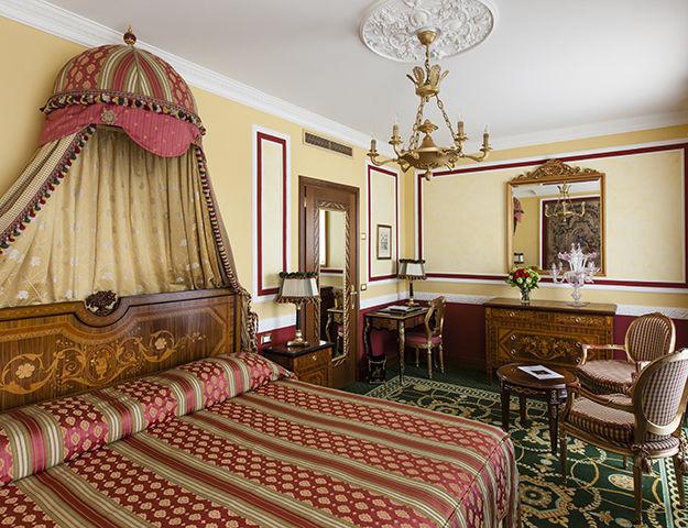 Grand Hôtel des Iles Borromées - Chambre vue lac
