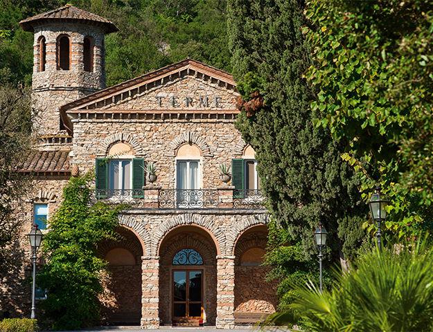 Grotta Giusti Resort Golf & Spa - Entree spa thermal