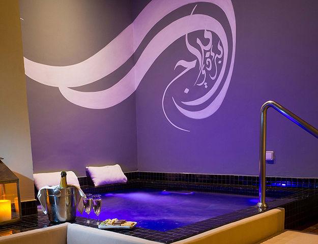Paradis Plage Surf, Yoga & Spa Resort -  bain a remous spa