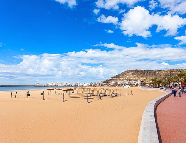 Paradis Plage Surf, Yoga & Spa Resort -  plage agadir
