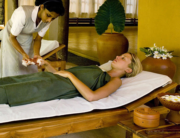 Circuit yoga et ayurvéda au Sri-Lanka - Soin ayurvedique