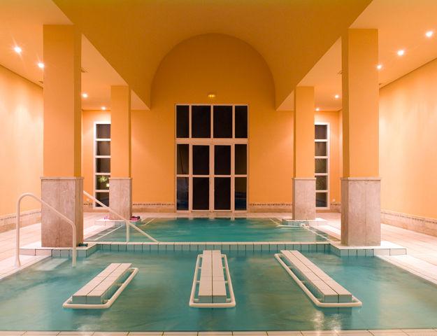Sensimar Ulysse Palace & Thalasso - Piscine interieure