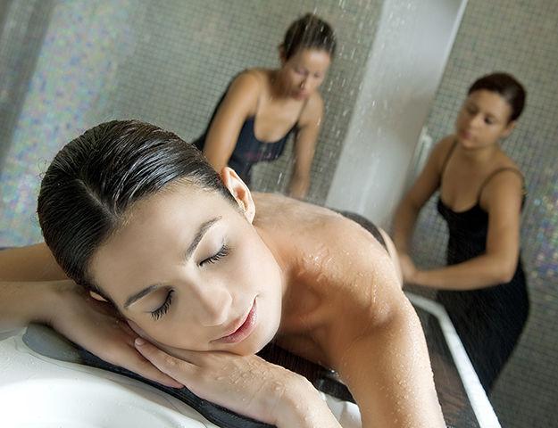 Royal Kenz Hôtel Thalasso & Spa - Massage sous affusion