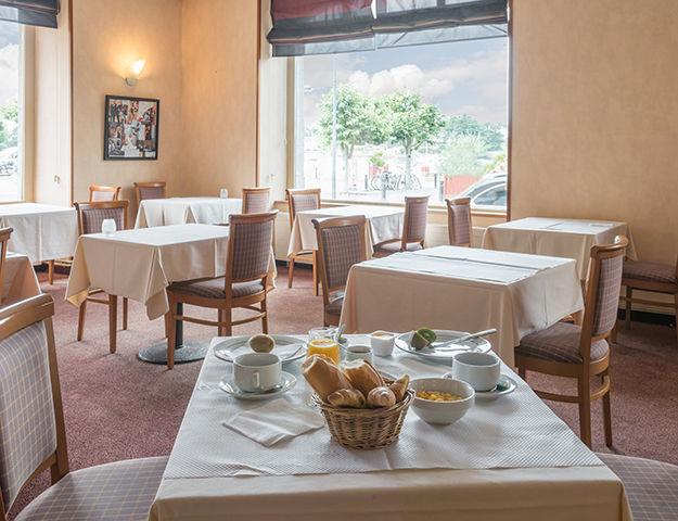 Le Grand Hôtel Abbatiale - Salle du petit dejeuner
