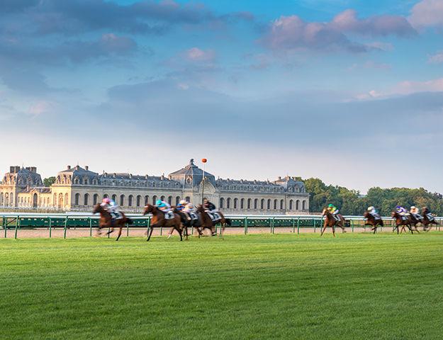 Château Mont Royal - Hippodrome de chantilly