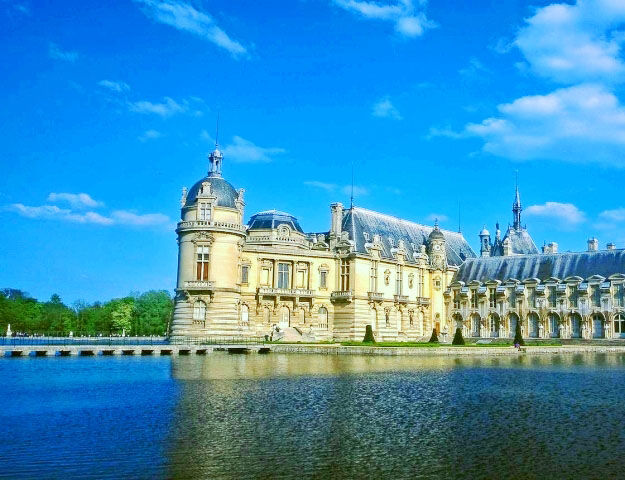 Château Mont Royal - Chateau de chantilly
