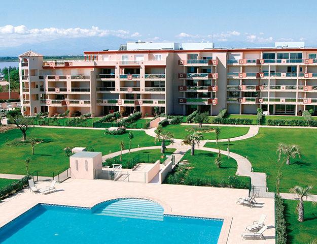 Résidence des Flamants Roses - Residence et piscine