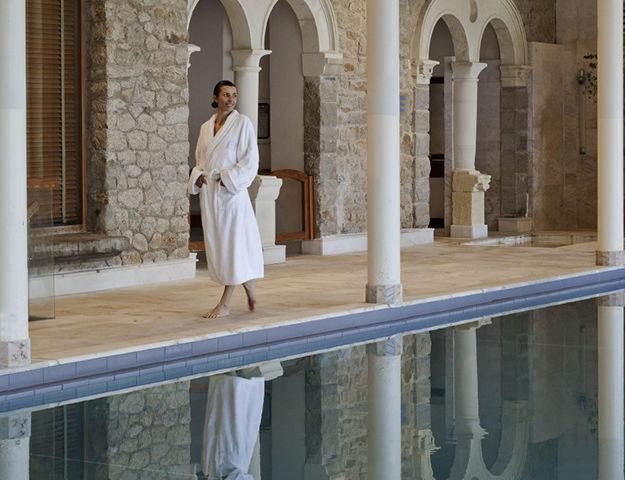Le Castel Marie Louise - Piscine interieur thalasso royal la baule