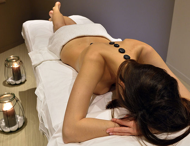 Hôtel Côte Ouest MGallery by Sofitel - Massage aux pierres chaudes