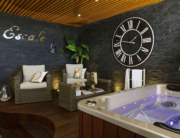 Hôtel Côte Ouest MGallery by Sofitel - Salle de soins avec bain a remous