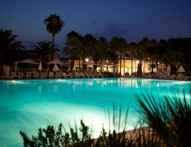 Résidence Premium Pierres et Vacances Les Rives de Cannes Mandelieu - Piscine