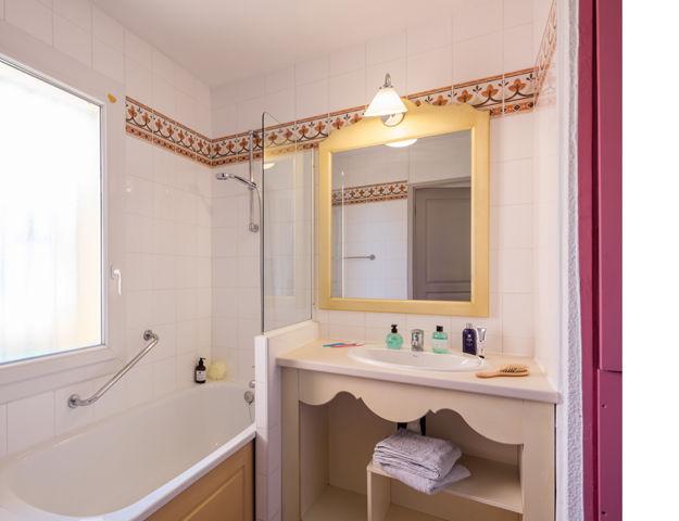 Résidence Premium Pierres et Vacances Les Rives de Cannes Mandelieu - Salle de bains appartement