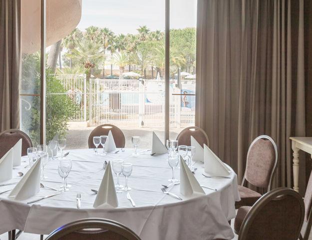 Résidence Premium Pierres et Vacances Les Rives de Cannes Mandelieu - Restaurant
