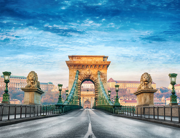 Corinthia Hotel Budapest - Pont des chaines a budapest