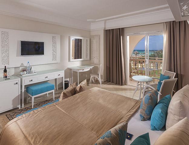 Blue Palm Beach Palace - Blue palm beach palace